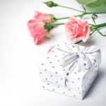 Gift-Article Creating Space